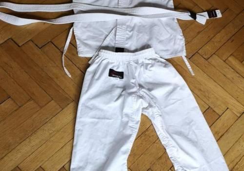 cf0cd9c578 Kimono dla dziecka karate - rozmiar 1 140